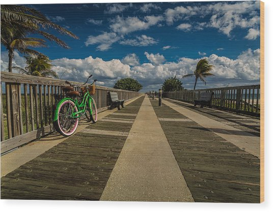 Green Bike At The Beach Wood Print
