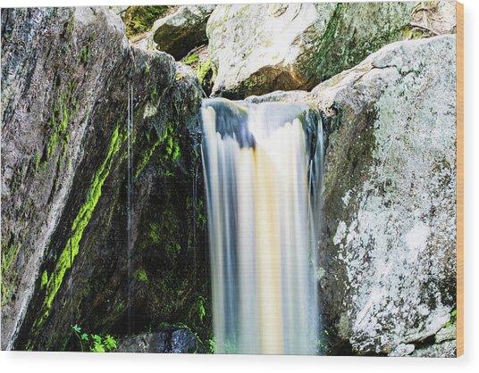 Green Glows On The Falls Wood Print