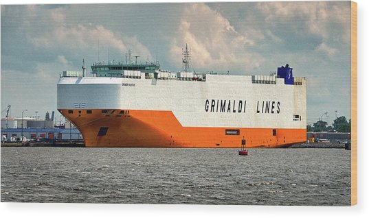 Wood Print featuring the photograph Grimaldi Lines Grande Halifax 9784051 At Curtis Bay by Bill Swartwout Fine Art Photography