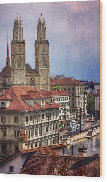 Grossmunster In Zurich Wood Print