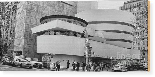 Guggenheim Museum Nyc Bw Wood Print