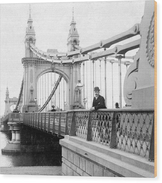 Hammersmith Bridge In London - England - C 1896 Wood Print