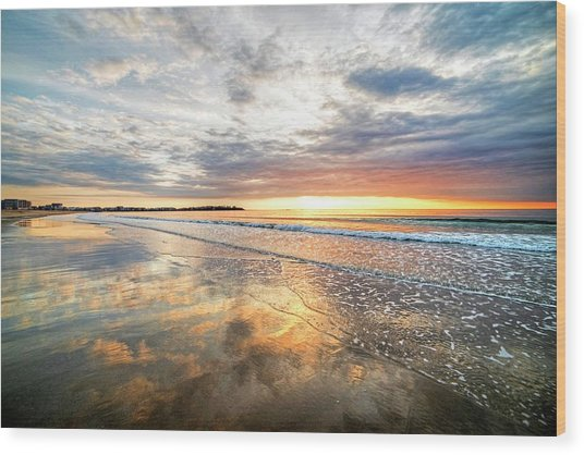 Hampton Beach Sunrise Hampton Beach State Park Hampton Nh Reflection Wood Print