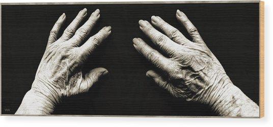 Hands  -  Stark  Reality - Photo  Wood Print
