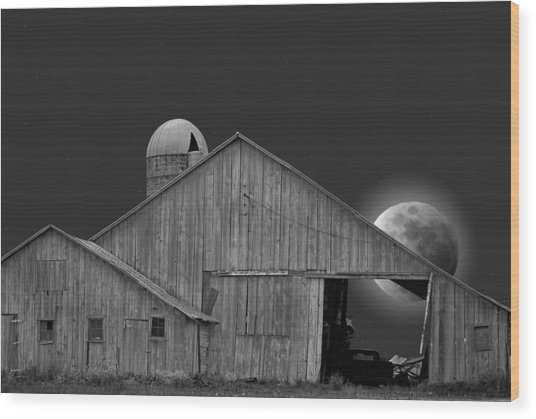 Harvest Moon Wood Print by Maria Dryfhout
