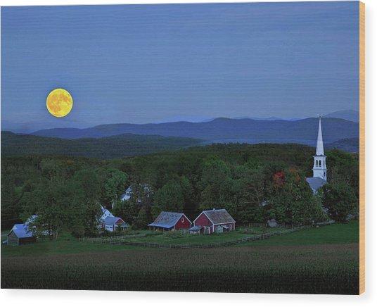 Harvest Moon Over Peacham Vermont Wood Print