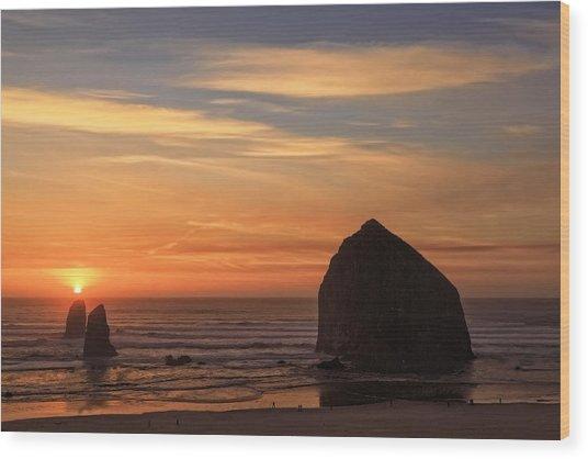 Haystack Rock Ocean Sunset, Cannon Beach, Oregon Wood Print