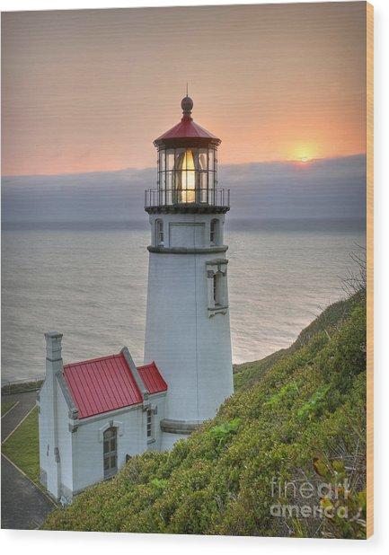 Heceta Lighthouse At Sunset Wood Print