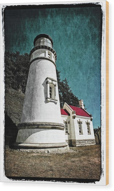 Hecitia Head Lighthouse Wood Print