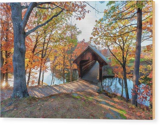 Henniker Nh Covered Bridge Wood Print