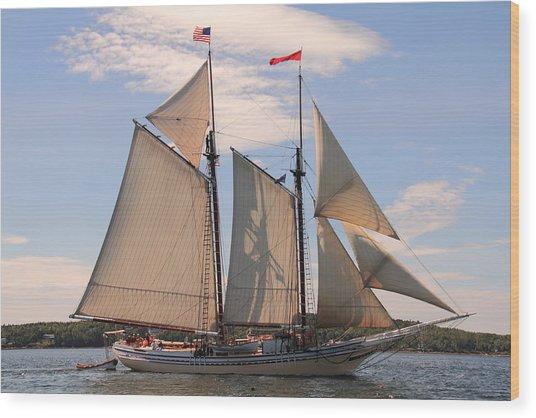 Heritage Full Sail Wood Print
