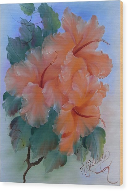 Hibiscus Delight Wood Print by Micheal Giddens