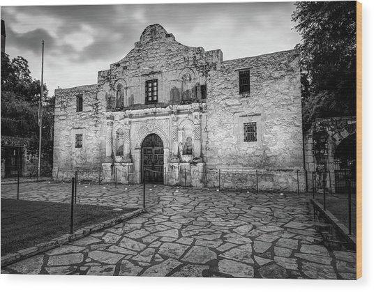 Historic Alamo Mission - San Antonio Texas - Black And White Wood Print by Gregory Ballos