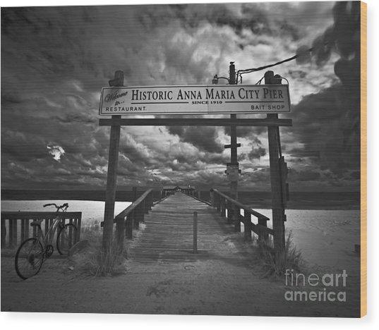 Historic Anna Maria City Pier 9177436 Wood Print