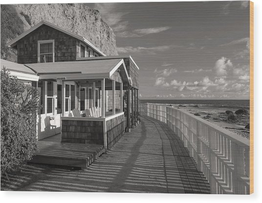 Historic Cottage  Crystal Cove Black And White Wood Print