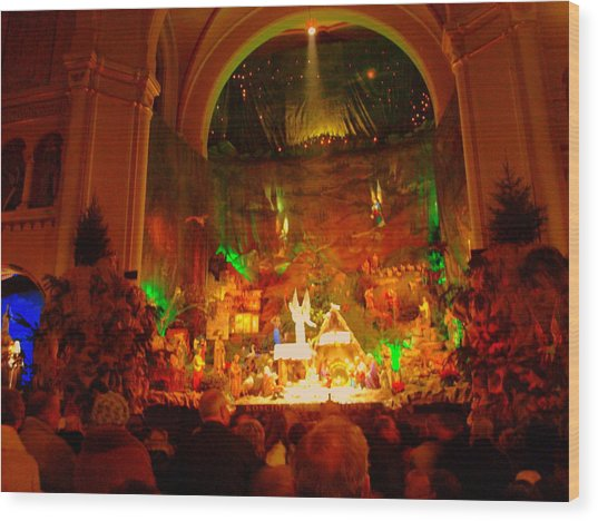 Holiday Decor In The Basilica Wood Print