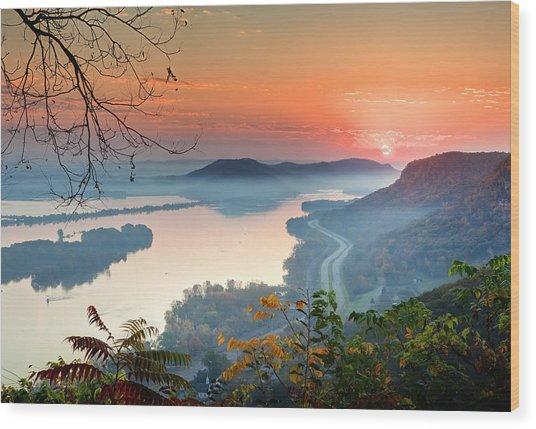 Homer Sunrise Wood Print