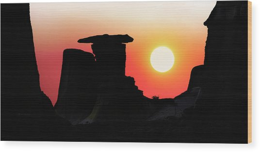 Hoodoo Sunrise Wood Print