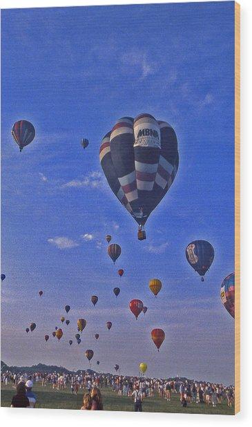 Hot Air Balloon - 14 Wood Print by Randy Muir