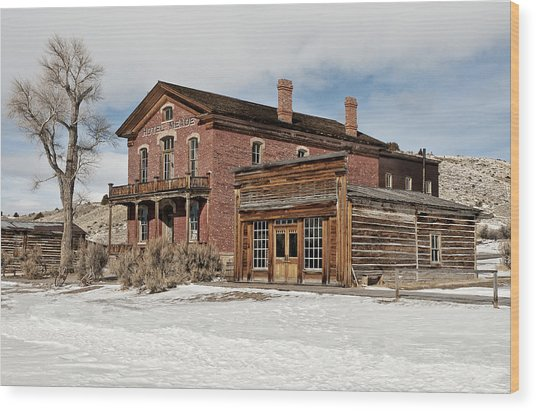 Hotel Meade And Saloon Wood Print