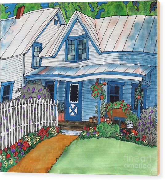 House Fence And Flowers Wood Print by Linda Marcille