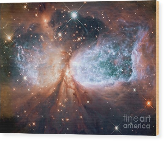 Hubble View Of Star Forming Region S106 Wood Print