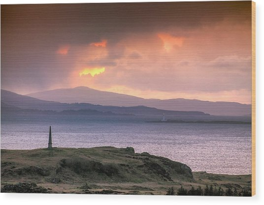 Hutcheson's Monument On The Isle Of Kerrera At Sunset Wood Print