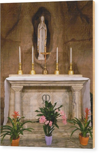 I Am The Immaculate Conception - Tiny Chapel On Crypt Level Wood Print