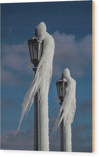 Ice Lamp Ladies Wood Print
