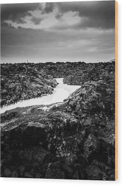 Icelandic Silica Stream In Black And White Wood Print