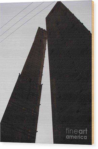 Il Bacio Delle Torri Wood Print
