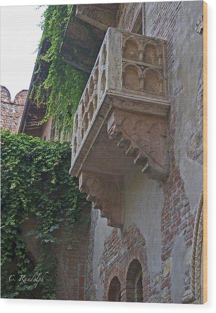Il Balcone De Giulietta Wood Print