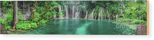 Into The Waterfalls - Plitvice Lakes National Park Croatia Wood Print
