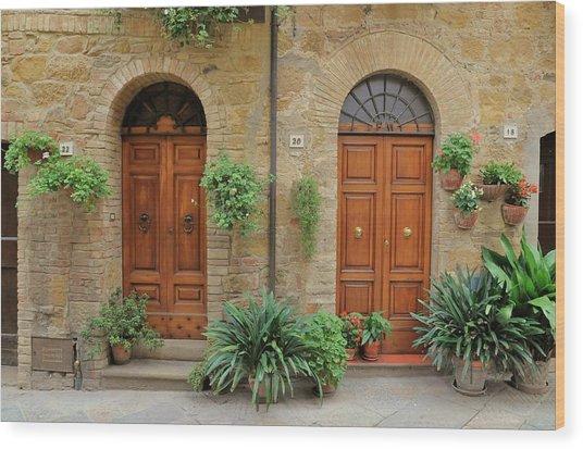 Italy - Door Seventeen Wood Print