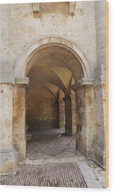Italy - Door Sixteen Wood Print