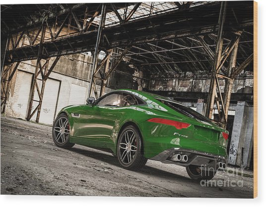 Jaguar F-type - British Racing Green - Rear View Wood Print