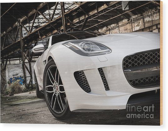 Jaguar F-type - White - Front Close-up Wood Print