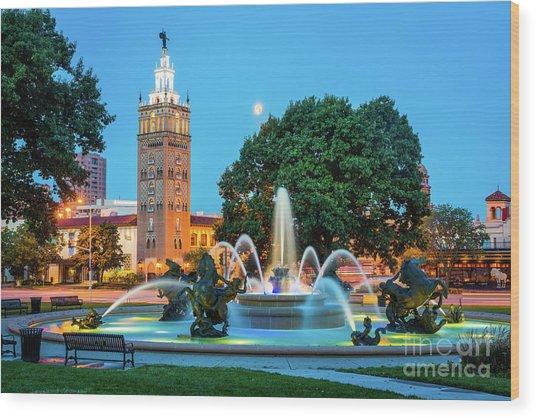 J.c. Nichols Memorial Fountain Wood Print