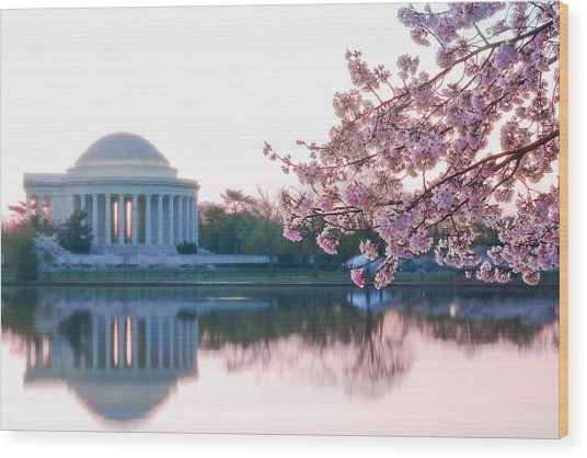 Jefferson At Sunrise Wood Print