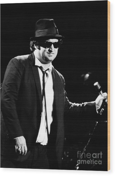 John Belushi 1980 In Blues Brothers Wood Print
