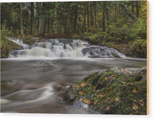 Jumbo Falls Wood Print