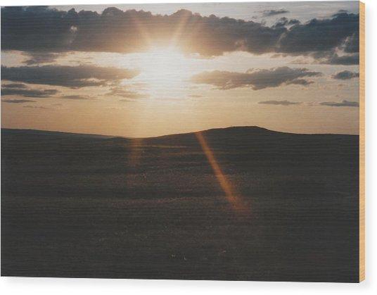 June Sun Rays North Dakota Wood Print by Gene Linder