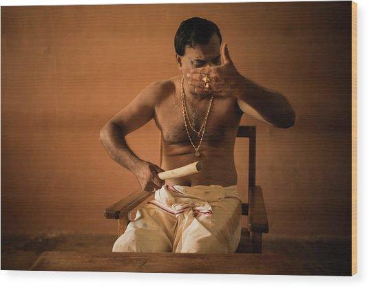 Kathakali Conductor Wood Print