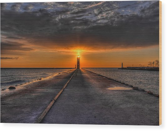 Kenosha Lighthouse Beacon Wood Print