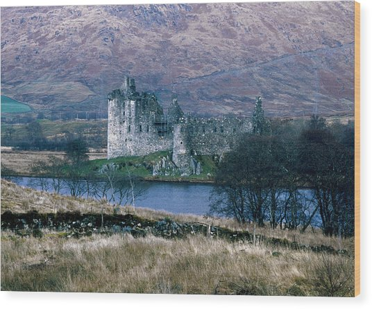 Kilchurn Castle, Scotland Wood Print