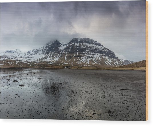 kirkjufellsfoss From Black Beach Wood Print