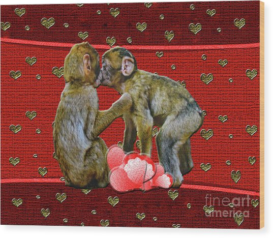 Kissing Chimpanzees Hearts Wood Print