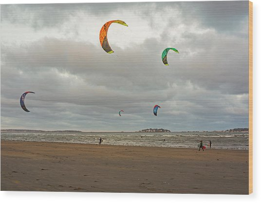 Kitesurfing On Revere Beach Wood Print