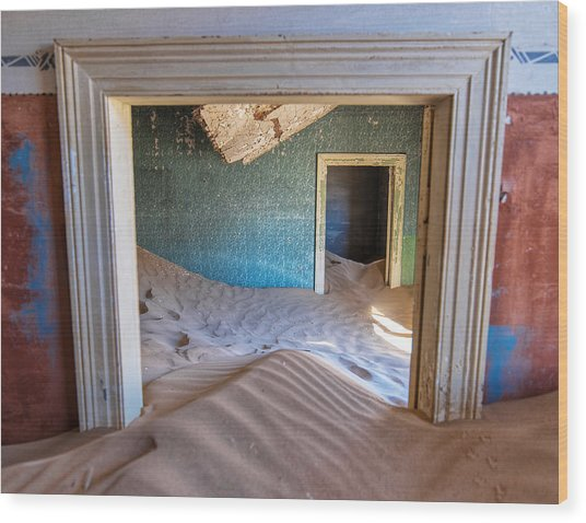 Wood Print featuring the photograph Kolmanskop 1 by Rand