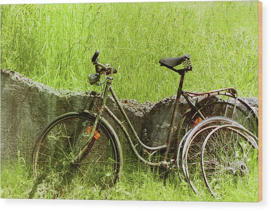 La Bicyclette Wood Print